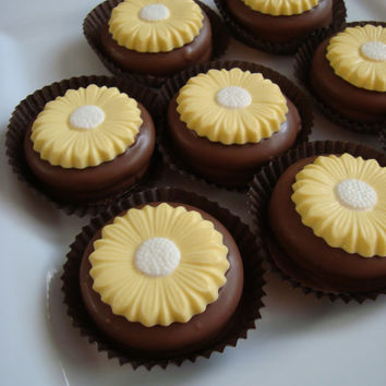 12 Chocolate Sunflower Oreo Cookie Favors Flowers Birthday Tea Party Weddings Garden Floral Bridal Shower