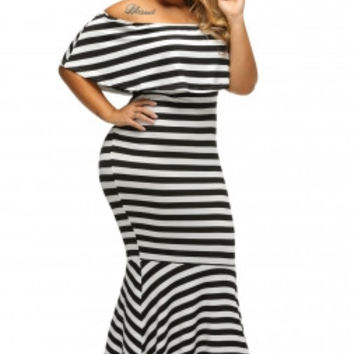 Off shoulder 🖤Striped  Tube Plus Size Maxi Dress