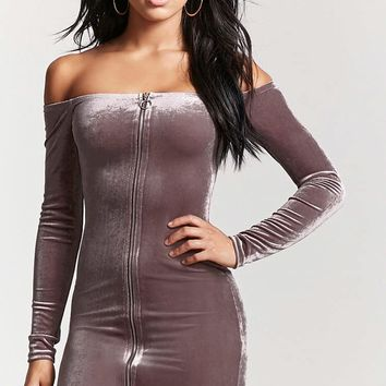 Velvet Pull-Ring Zipper Dress