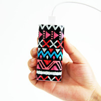 Unique Ethnic Stripes Power Bank Charger for iPhone and Samsung