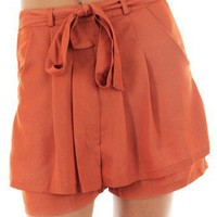 RUST CASUAL SHORTS WITH TIE SASH @ KiwiLook fashion