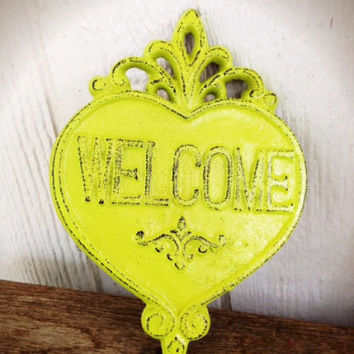Ornate Heart Welcome Sign Wall Art - Vibrant Lime Green - Shabby Chic Outdoor Decor