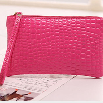 2017 Spring and Summer Casual Day Clutches Women's Fashion Organizer Bag Crocodile Pattern Leather Coin Purse Ladies Hand bag