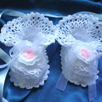 White baby booties baptism shoes Crochet Baby Booties, Christening baby booties baby shower gift - Christening outfits