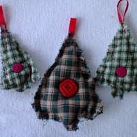 Plaid Trees Christmas Tree Ornaments - Gift Tie Ons Primitive Look  Set of 3