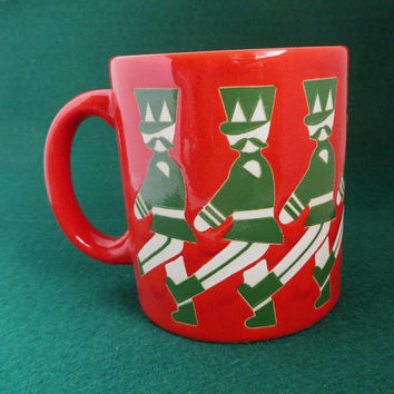 Waechtersbach Toy Soldiers Mug, Vintage Holiday Cup, Marching Soldiers Christmas Mug, West Germany Mug, 1980s Waechtersbach Pottery