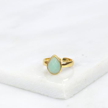 Teardrop Stone Ring Mint