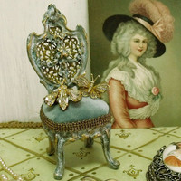 Vintage mini Chair jewelry display holder Marie Antoinette shabby chic jewelry holder french style vintage pocket watch holder