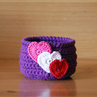 Crochet basket, Valentine's Day gift, purple crochet bowl with pink white red hearts, ring dish, trinket holder, jewelry dish, candy bowl