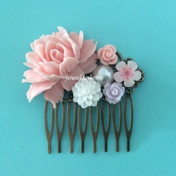 Soft Pink Hair Comb Pastel Colors Wedding Hair Accessories Floral Bridesmaid Hair Comb Flowers Romantic Bridal Hair Pin Vintage Style
