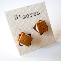 Miniature S'MORES earrings by littlecaloriegallery on Etsy