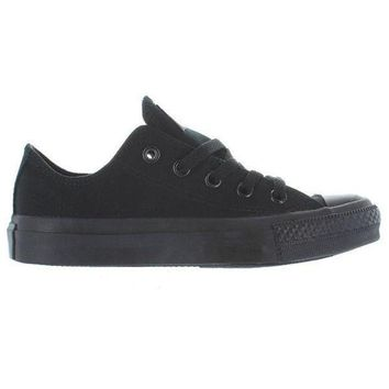 LMFUG7 Converse Chuck Taylor Low - Black Monochrome Canvas Low-Top Sneaker