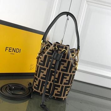 FENDI WOMEN'S LEATHER BUCKET HANDBAG INCLINED SHOULDER BAG