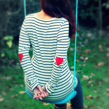 Red heart patched longsleeve
