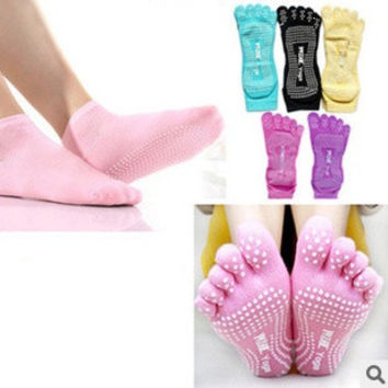 Healthy Care Sports Massage Five Fingers Toe Socks New Womens Dig back Professional Socks = 1669447300