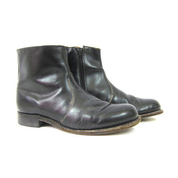 Black leather Boots with side zippers Hipster Shoes Men's size 7.5 Western Rockabilly Beatle Boots vintage DELLS