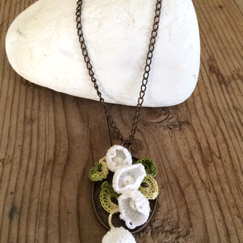 Lily of the Valley Pendant, Muguet Crochet Collar, Boho Beaded Necklace, Copper Plated Chain Necklace, Statement Pendant, Women's Gift