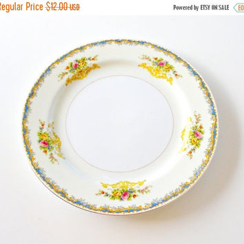 SALE Vintage Kikusui Fine China Dinner Plate, 1940s Noritake Style Dinner Plate, Mid Century Japanese China Plate, Hand Painted Floral, Gilt