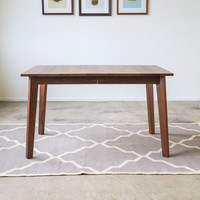 Ventura Dining Table - Solid Walnut - Customizable with Leaves