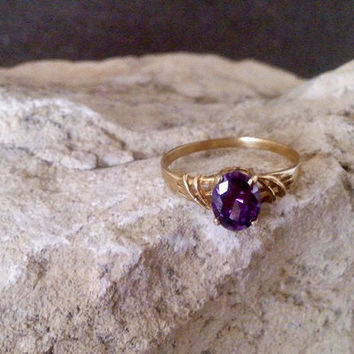 SALE! Oval Amethyst Ring - Thin Stackable Ring - Wedding Ring - Simple Rring - Vintage Ring - Gemstone Ring - Bridal Ring