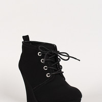 Bamboo Ranch-05 Nubuck Lace Up Round Toe Platform Wedge