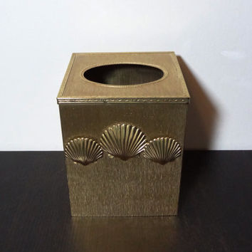 Vintage Hollywood Regency Style Square Gold Metal Tissue Box Holder/Kleenex Box Cover with Sea Shells
