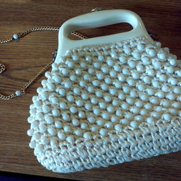 White Beaded Purse Made In Italy Lucite plastic handle Mid Century Mod Vintage thick plastic handbag handles removeable chain strap