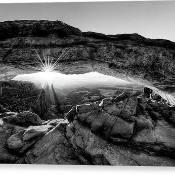 Supernatural West - Mesa Arch Sunburst In Black And White - Canvas Print