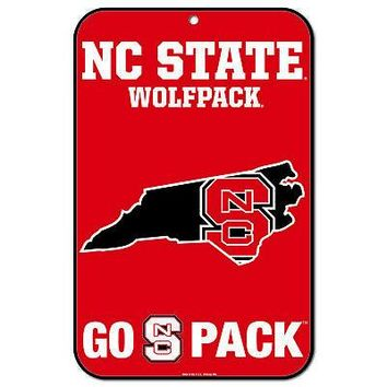 """Licensed North Carolina State Wolfpack NCAA 11"""" x 17"""" Plastic Wall Sign 11x17 Wincraft KO_19_1"""