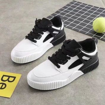 Women Sport Casual Multicolor Stitching Leather Plate Shoes Sneakers