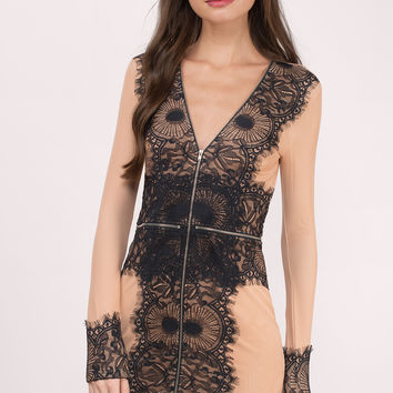 Command Attention Lace Bodycon Dress