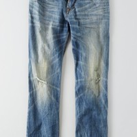 AEO Men's Relaxed Straight Jean (Medium Tinted Destroy)