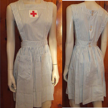 40s WWII Red Cross Pinafore / Military Nurse Aide Uniform / Apron / WW2 / Vintage