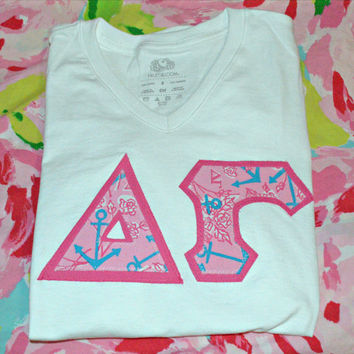 delta gamma lilly pulitzer letter tee shirt