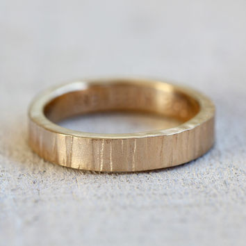 Gold tree bark ring