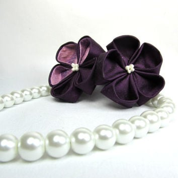 Designer Dog Collar - White Pearls and Purple Kanzashi Flower bouquet - dog collar necklace, pearl necklace for dogs, wedding dog collar