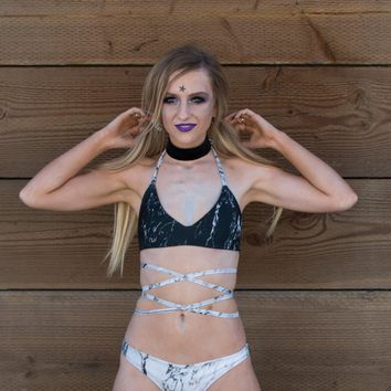 Marble Two-Tone Extra Mile Bralette - Black Cups