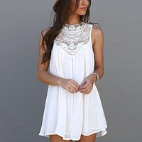 White Lace Stitching Casual Beach Style Dress 2018 Summer Woman's Sleeveless O-Neck Dress Sexy Hollow Out Dresses Plus Size