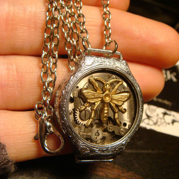 Steampunk Clockwork Movement Pendant Necklace with a Bee Over Pocket Watch Gears  (1805)