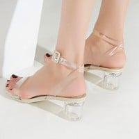 Fashionable see-through stiletto buckle with new chunky, high-heeled, open-toe sexy sandals