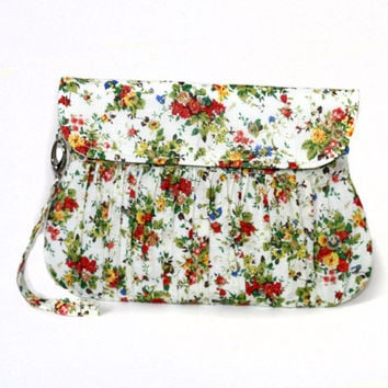 Little Bouquet Clutch in Cream, Green and Orange - Bridesmaid clutch, spring / summer floral clutch