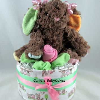 Bunny diaper cake | Girl diaper cake | Baby diaper cake | Baby shower gift | Baby shower decoration | Washcloth rose | New mom gift