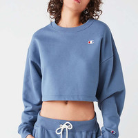 Champion + UO Cropped Crew-Neck Sweatshirt | Urban Outfitters