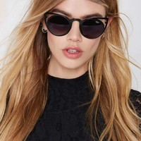 Quay Invader Shades - Black