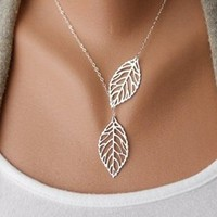 Beancase(TM) Fashion silver leaf leaves Shape Pendant Necklace(1 Pc)