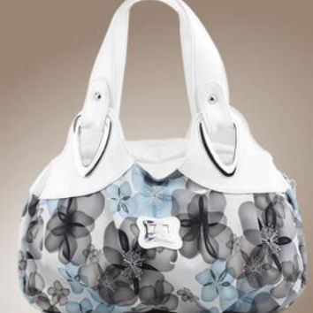 Flowered pattern handbag