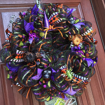 Deco Mesh Halloween Wreath / Spider Pumpkin Witch skull wreath / black mesh purple green orange / halloween decor