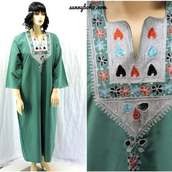 Boho ethnic kaftan maxi dress M / XL embroidered long hippie caftan tunic dress sage hippie festival dress SunnyBohoVintage