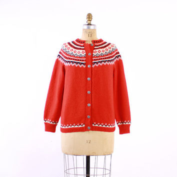 Vintage 60s NORWEGIAN CARDIGAN / 1960s Hand Knit Red Fair Isle Wool Knit Cardi Sweater M