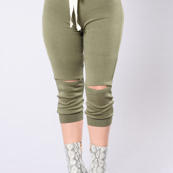 Feel So Alive Joggers - Olive